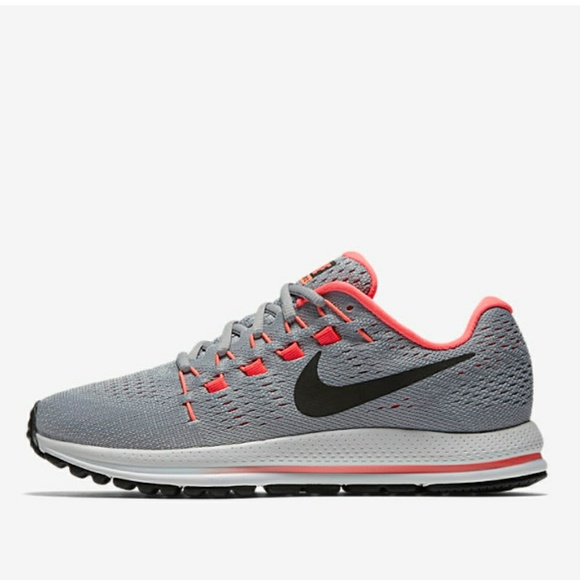be0c6fb9511b Nike Air Zoom Vomero 12 Women s Running Shoe. M 5af1cab55521be17374ab51a